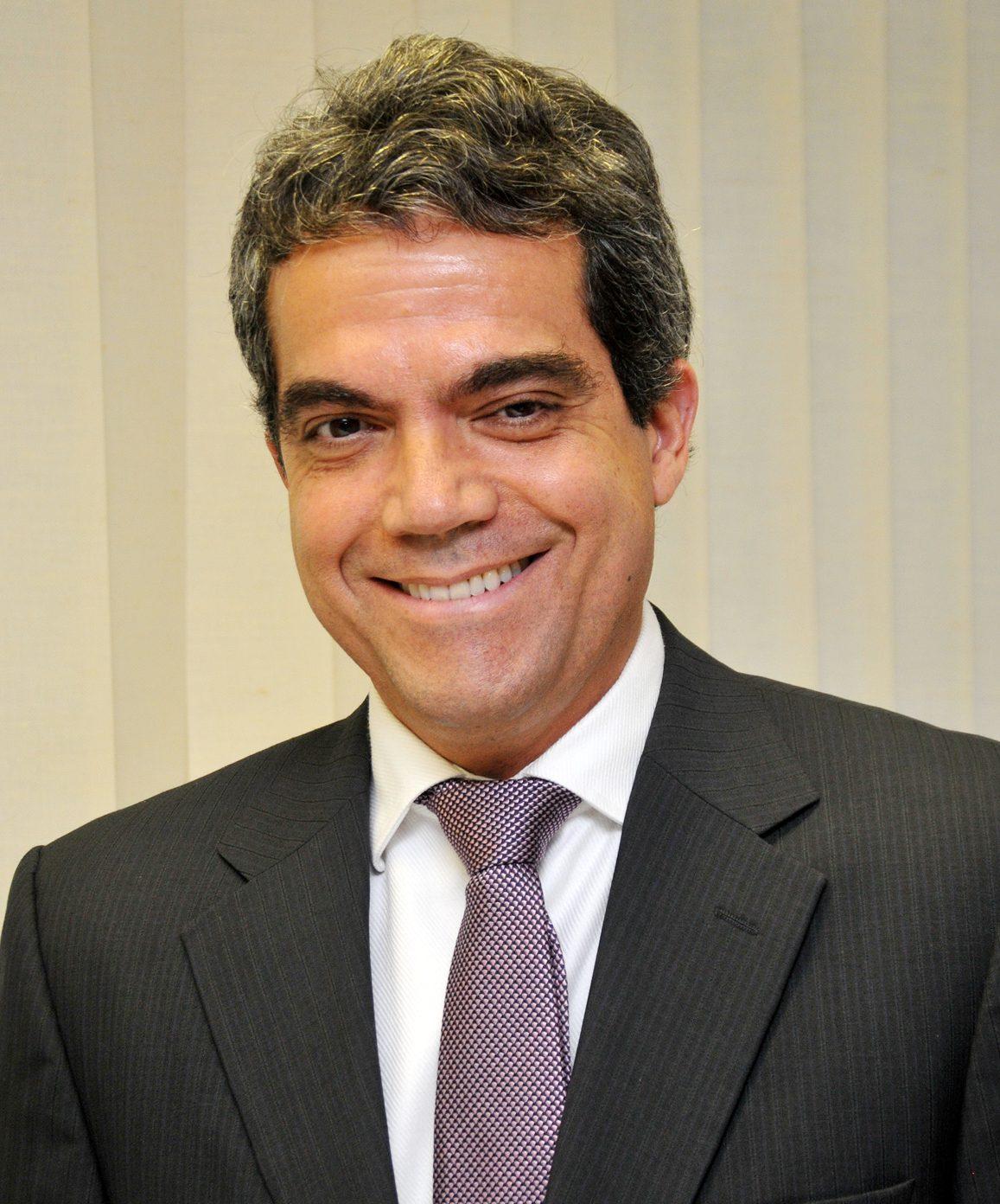 LUÍS EDUARDO BARBALHO DE MELLO